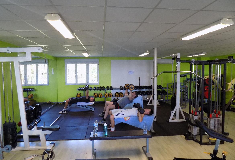 zone-de-force-musculation-gymclub-versoud